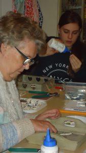 Creatieve kunst workshop vriendinnen familie mozaïek feestje Noord-Holland